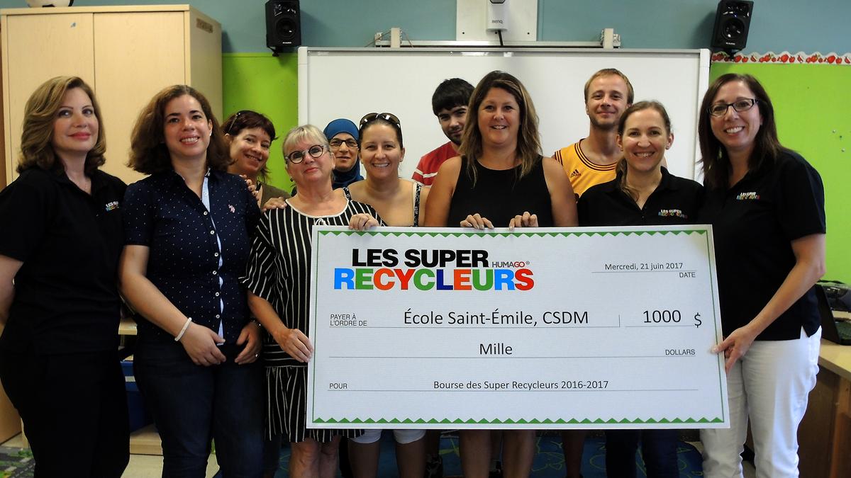 Remise de la bourse des Super Recycleurs 2017 à l'école Sain-Émile