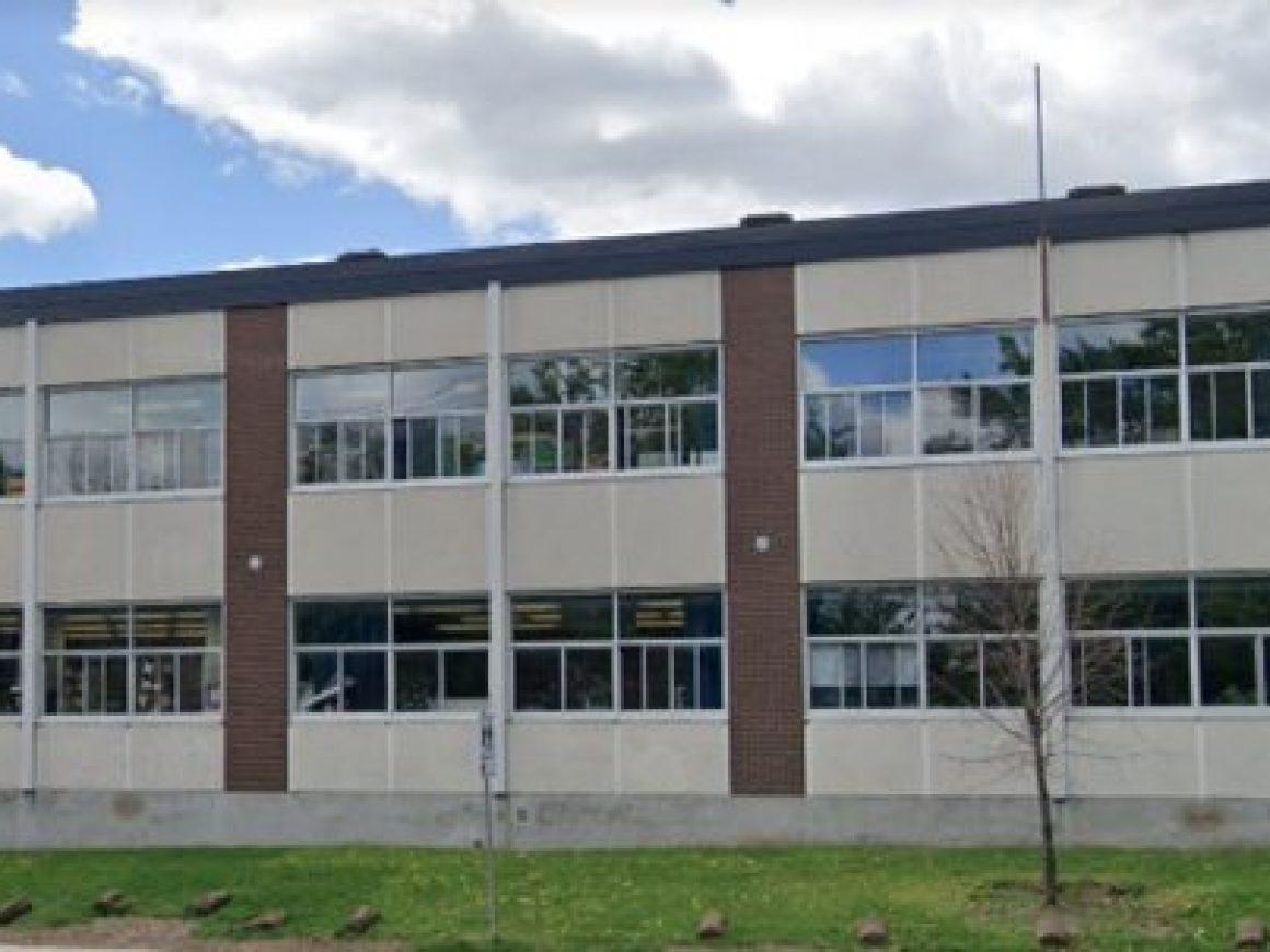 école Chenier