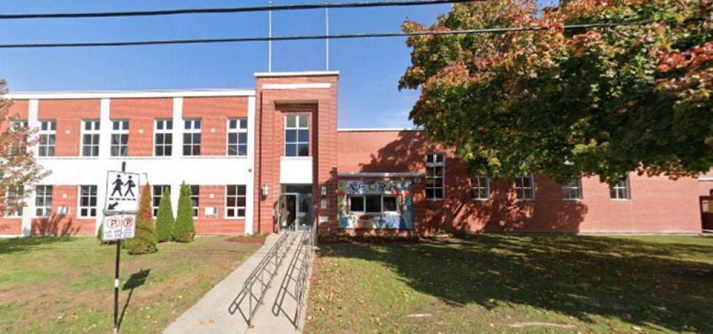 école du vieux Greenfield Park